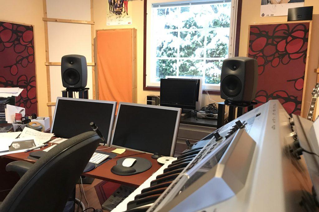 studio2_sivu2