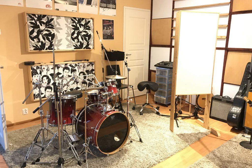 studio3_sivu2